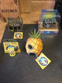 Sponge bob fish tank decorations  Escondido, 92025