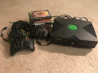 XBox Original with 10 games and 4 controllers San Diego, 92109