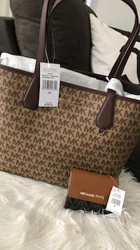 Michael Kors purse and wallet Baltimore, 21207