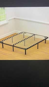 Full or Queen Metal Frame with Wood Slats, will Deliver ! Annandale
