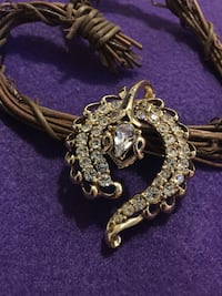 Beautiful Gold and Clear Rhinestone Snake Pin Brooch Martinsburg, 25401