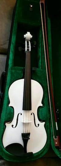 Brand new violin with case and bow  2060 mi