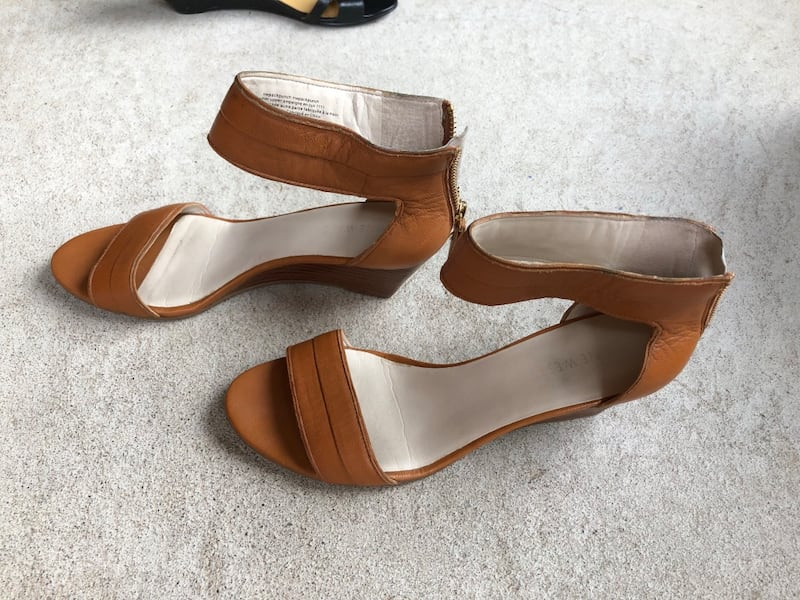 Nine West size 7  f76aa30c-bb35-4502-b8fa-0ddee1212320