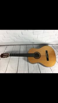 Montana / CL-80 Concert / Classical Guitar with soft case 315 mi