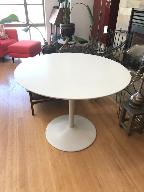 Used CB2 odyssey white dining table 40