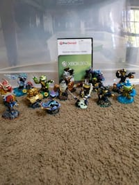 Skylanders Swap Force Xbox 360 game and figures