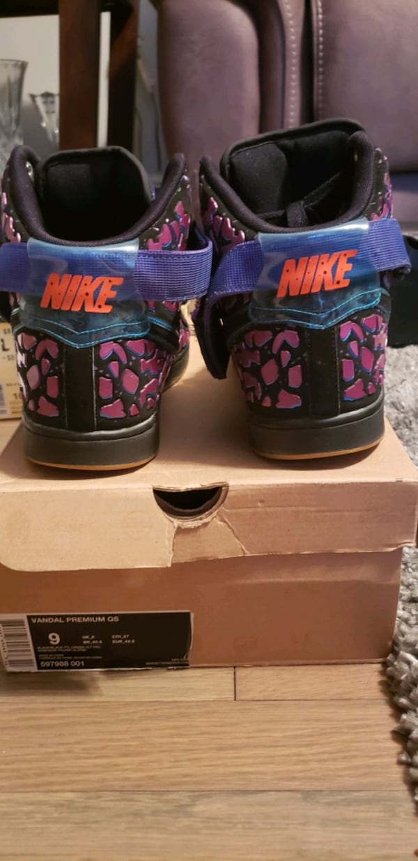 Nike Area 72 vandal 2 day release only  6bc8bf36-4601-44e5-b487-1593c317572f