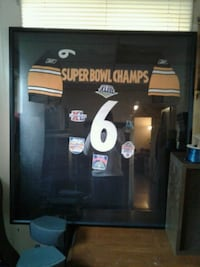 Framed Pittsburgh steelers jersey