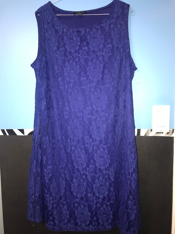 Dress size 1x b5beb319-582f-406c-88d8-d3072bc715a7