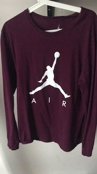 Jordan long sleeve Surrey, V4N