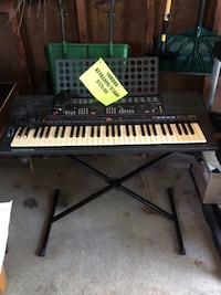 black electronic piano keyboard Highland Park, 60035
