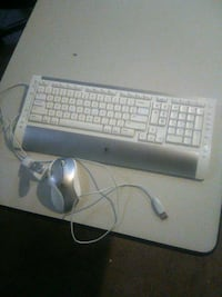 (LOGTECH) WIRELESS KEYBOARD AND MOUSE FOR SELL