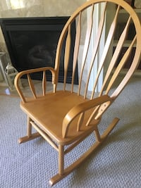 Wooden rocking chair Poulsbo, 98370