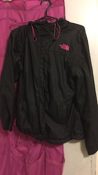 black and pink The North Face zip-up windbreaker jacket Toronto, M1M 3W7