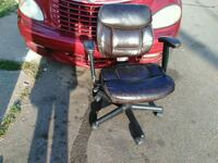 Multiple office chairs Grand Rapids, 49503