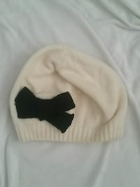 White beret with black bow Burlington, L7N