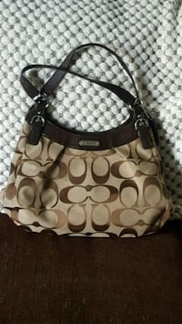 Authentic Coach Handbag Calgary, T3R 0A1
