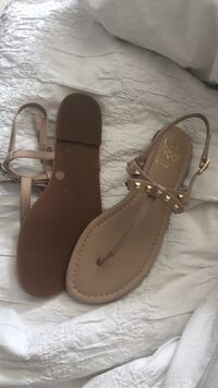Vince Camuto new sandals Toronto, M6G 2A7