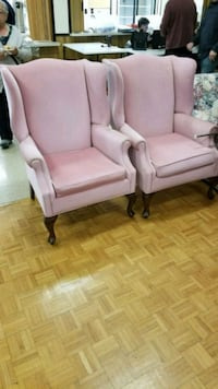 2 Wing back Chairs Cambridge, N1R 4A7