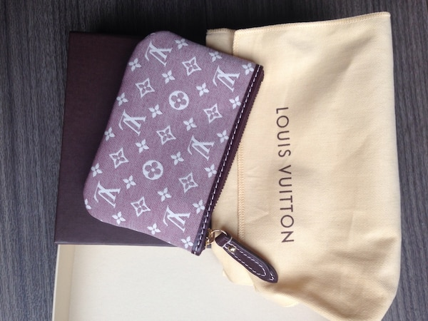 751fd0615 Used Louis vuitton pouch purse for sale in Leicester - letgo