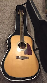 Ibanez Acoustic Guitar with hard case Sterling, 20165