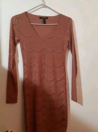 Long sleeve pinkish nude Mississauga, L4T 3T6