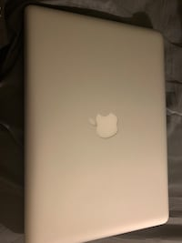 Apple MacBook Pro ( only in AZ and in person)
