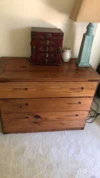 This End Up solid yellow pine dresser. Broadlands, 20148