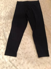 SO Girls Size XS 7/8 Black Capri Leggings  Craigsville, 26205