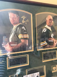 Autographed Green Bay Packers legends framed picture!