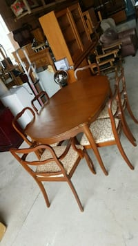 solid wood dinning set
