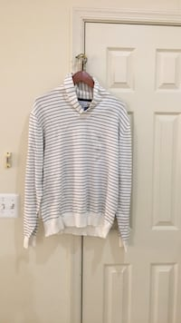 Brand New Mens Sweater Size Large Fairfax, 22033