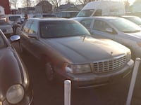 Cadillac - deville  - 1999 Fords, 08863