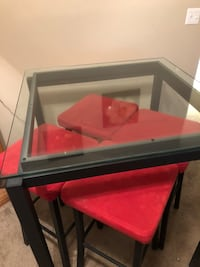 black and red wooden table Des Moines
