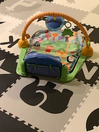 Play mat with piano and over head stimulation  Greenbelt, 20770