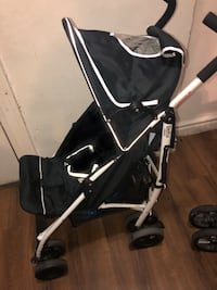 baby's black and gray stroller