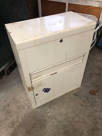 Metal cabinet  Howell, 07731