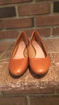 Pair of brown leather wedges  Toronto, M2H 1C7