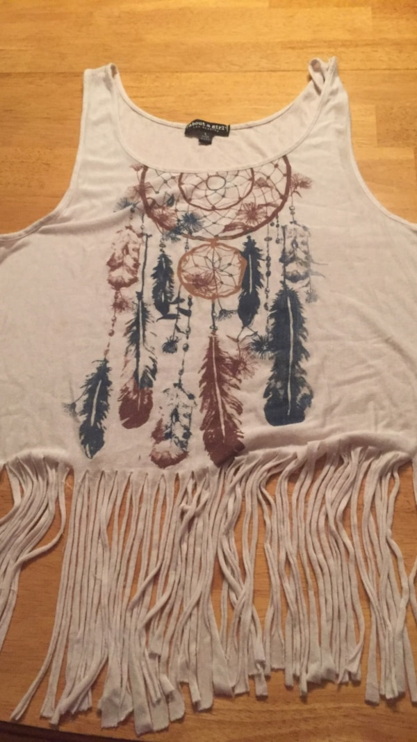 8429c91486e05d Used women s gray and brown dream catcher print tank top for sale in  Barnstable - letgo