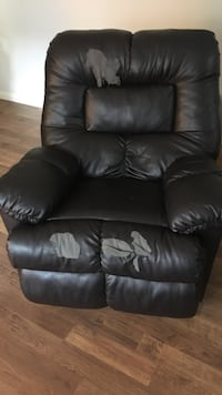 black leather 1-seat recliner Austin, 78748