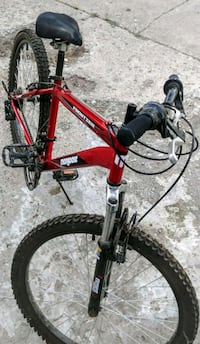 Mongoose Frontier mountain bike  Edmonton, T6W 1A8
