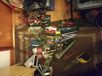 Lot of hand tools (Willing to separate) Louisville, 40215