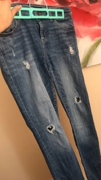 Guess skinny jeans Dollard-des-Ormeaux, H9G 2N6