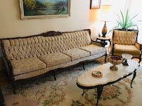 Antique Sofa and chairs (2). Table separate. Montréal, H1S 1Y3