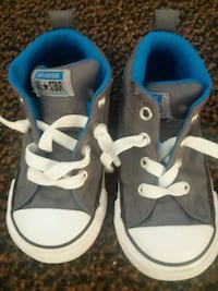 Toddler converse Mercedes