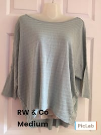 size medium gray scoop-neck trumpet-sleeved blouse