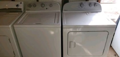 4 Year Old Whirlpool He Electric Washer Dryer Set