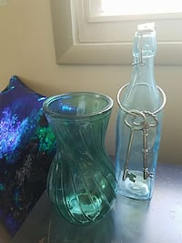 green glass pot  and blue clear glass bottle ; two silver keys Frederick, 21701
