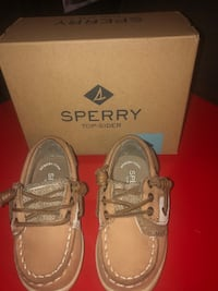 Sperry song fish Alexandria, 22306