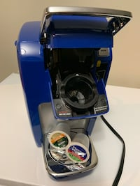 Keurig single coffee machine in EUC  New Westminster, V3M